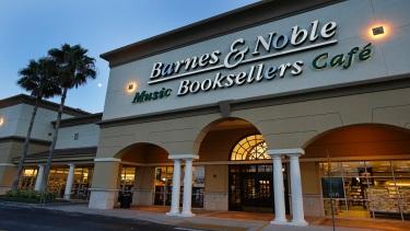 Earns Barnes Noble